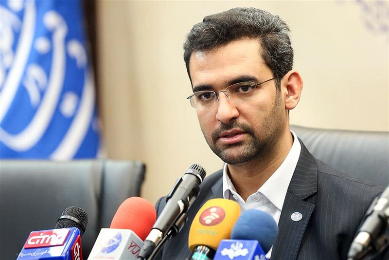 توضیح جهرمی در مورد پیام جعلی اینترنت رایگان